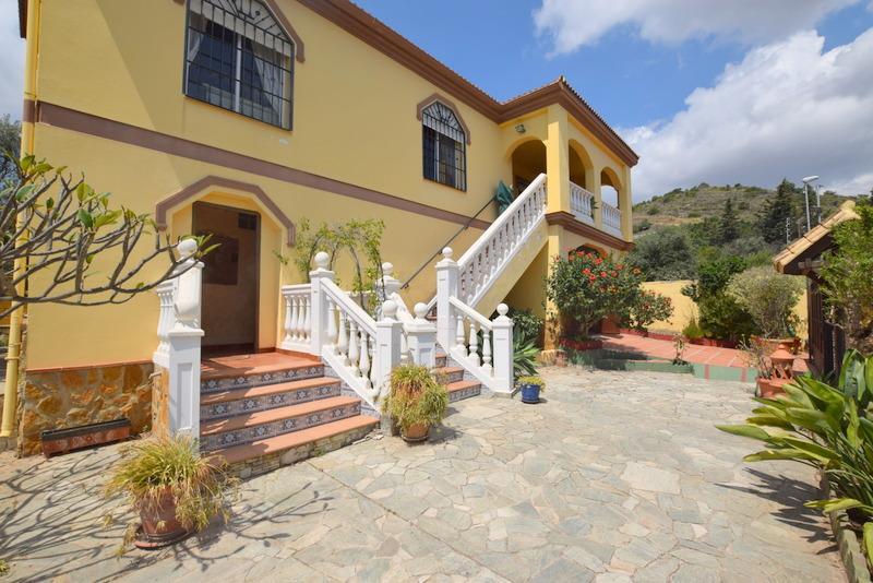 Hacemos realidad tus ilusiones casa chalet en venta en - Casa home malaga ...