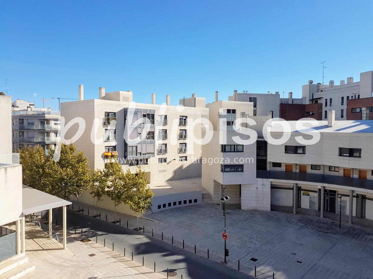 Atico junto balcón de San Lázaro / Publipisos Zaragoza-20
