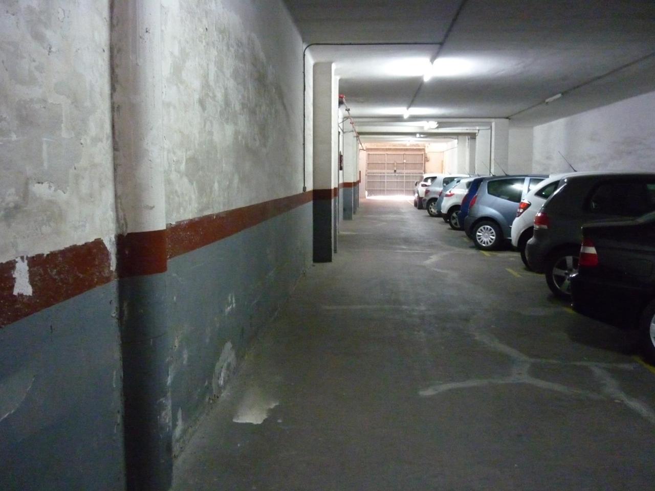 parking en santa-coloma-de-gramenet · carrer-de-camprodon-08922 10800€