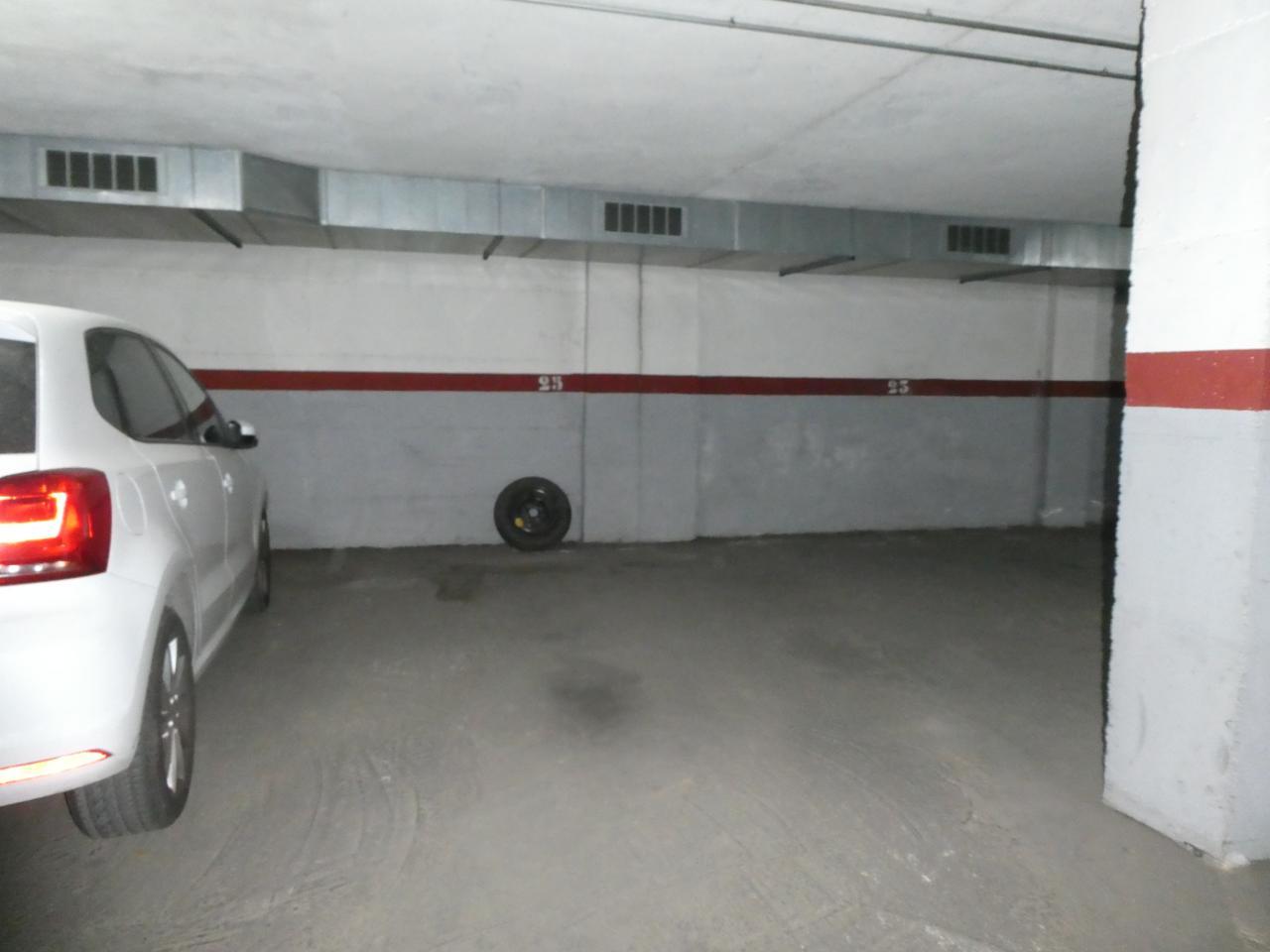 parking en montornes-del-valles · carrer-prat-de-la-riba-08170 11500€
