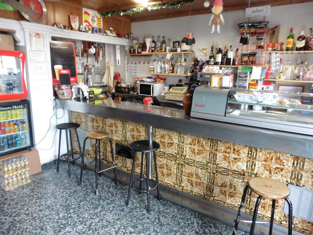 local-comercial en montmelo · 1-de-maig-(calle)-08160 37260€