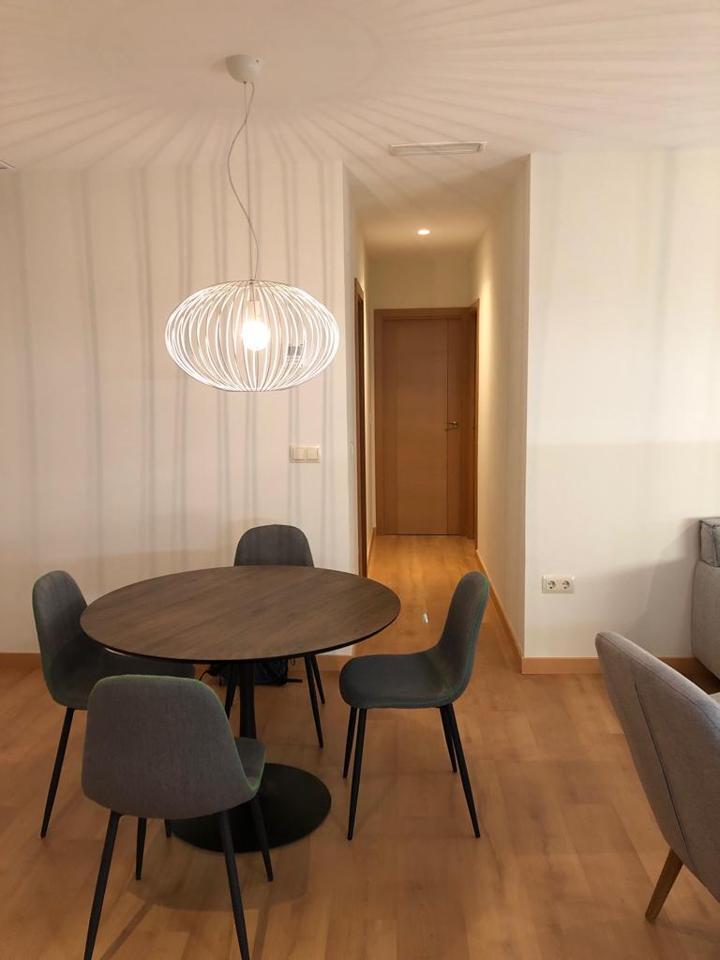 Hogalia soluciones inmobiliarias piso en alquiler en for Alquiler piso sevilla particular amueblado