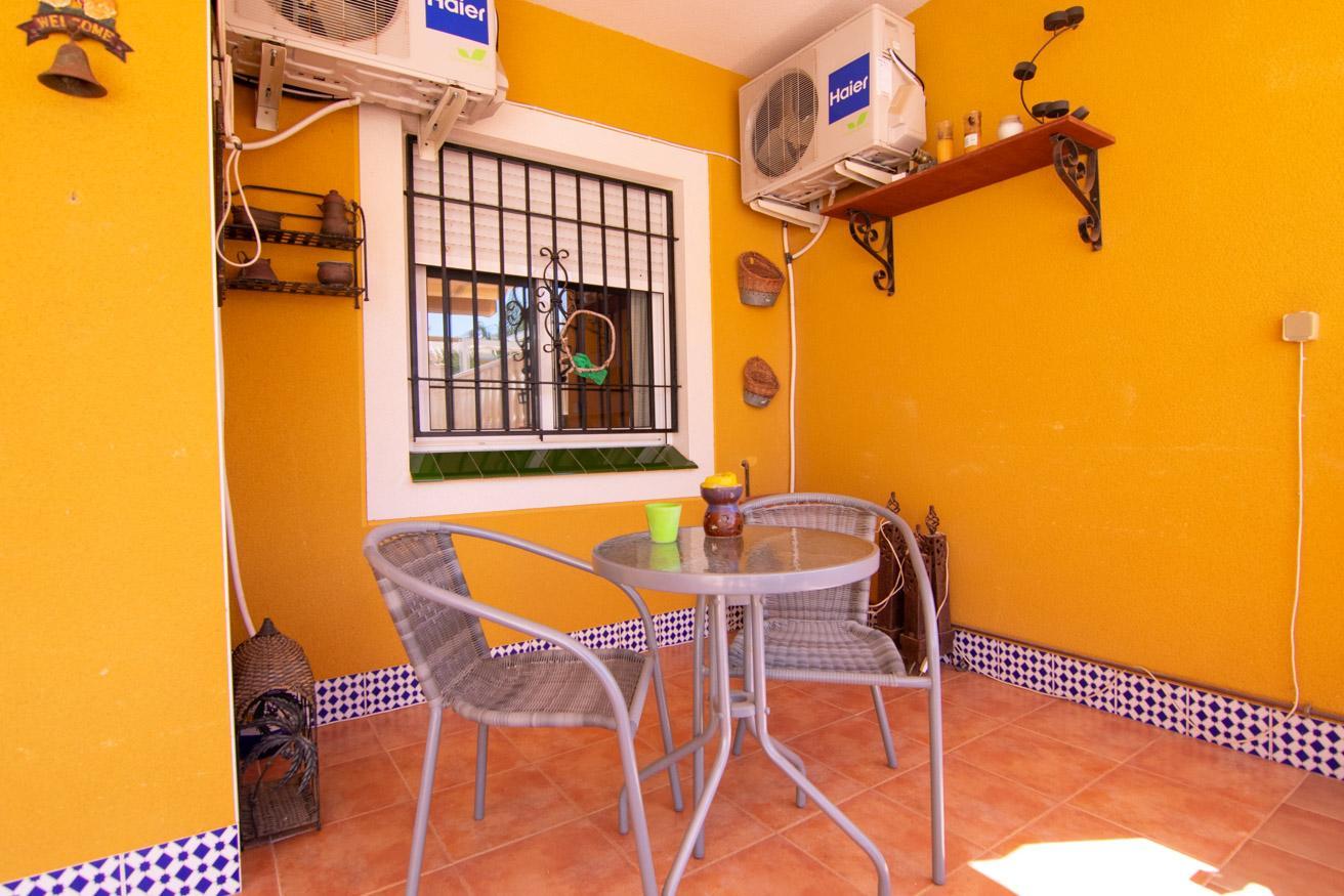 Bungalow en venta en Arenales del Sol – #2082