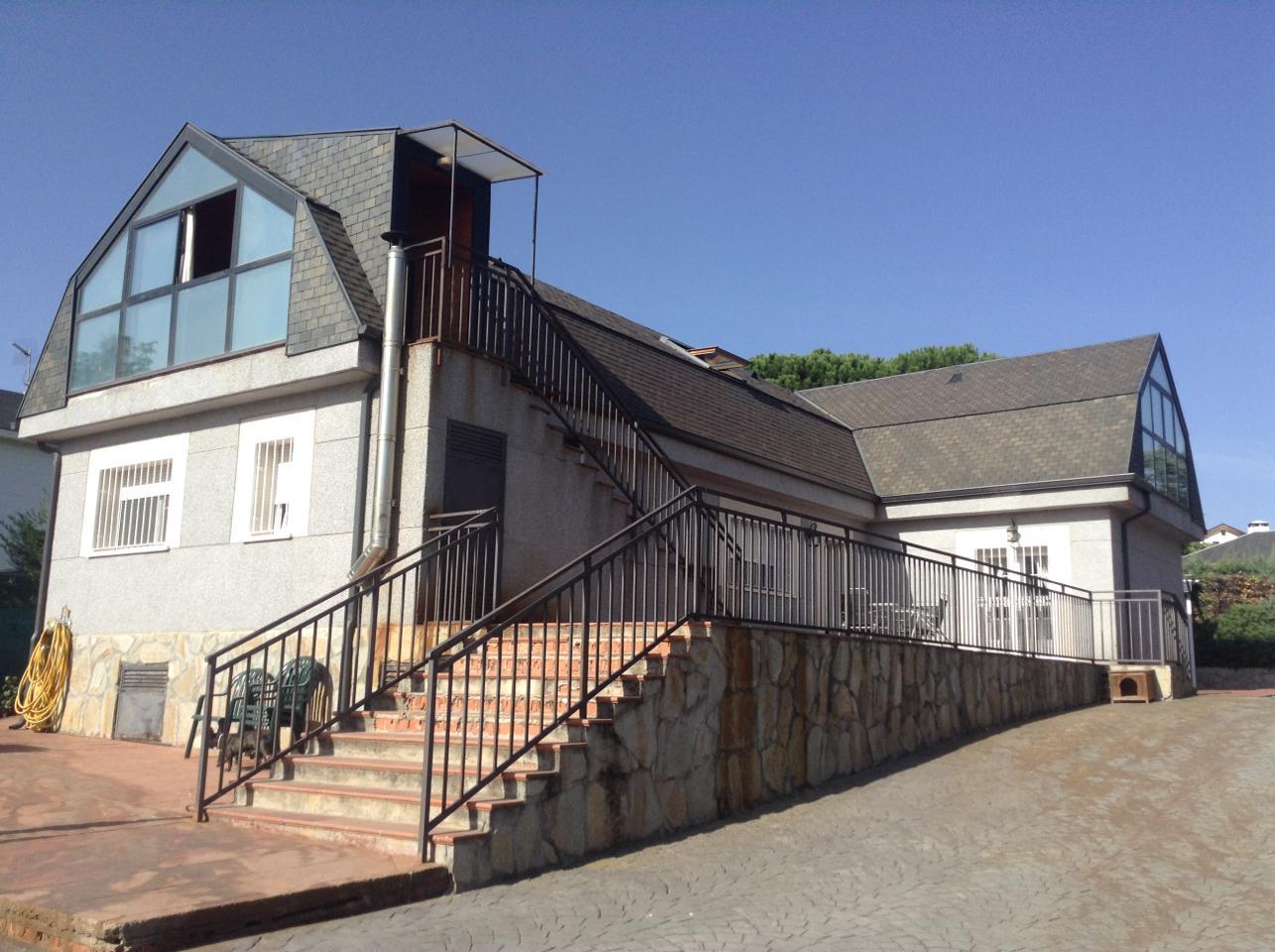 Venta de casa en las rozas de madrid for Compra de casas en madrid