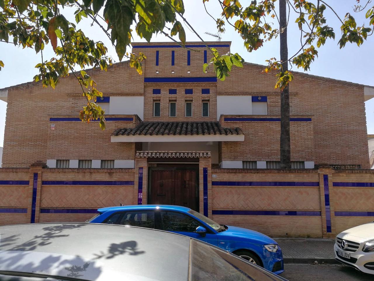 Casa / Chalet en venta en Bormujos de 388 m2
