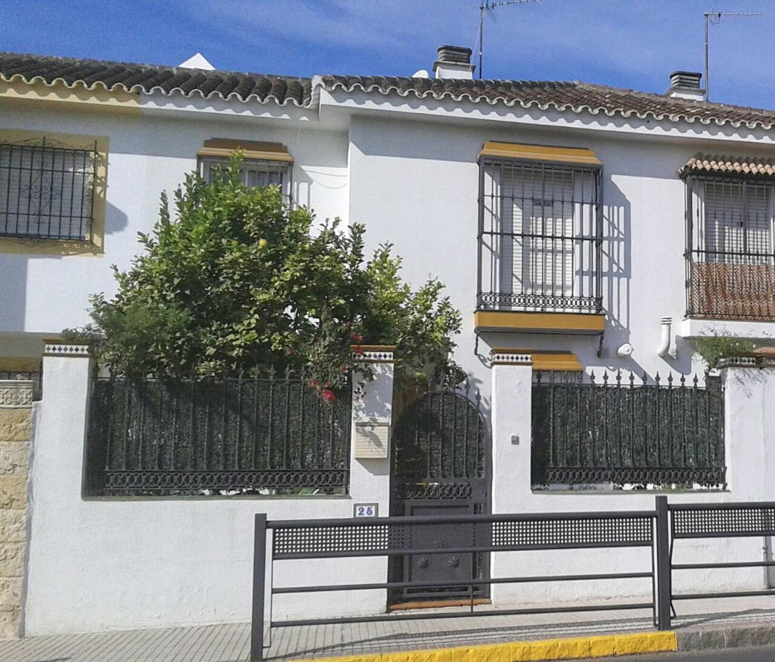 Casa / Chalet en venta en Castilleja de la Cuesta de 235 m2