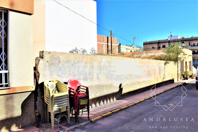 Terreno Calle Altas Yeseras, Garrucha