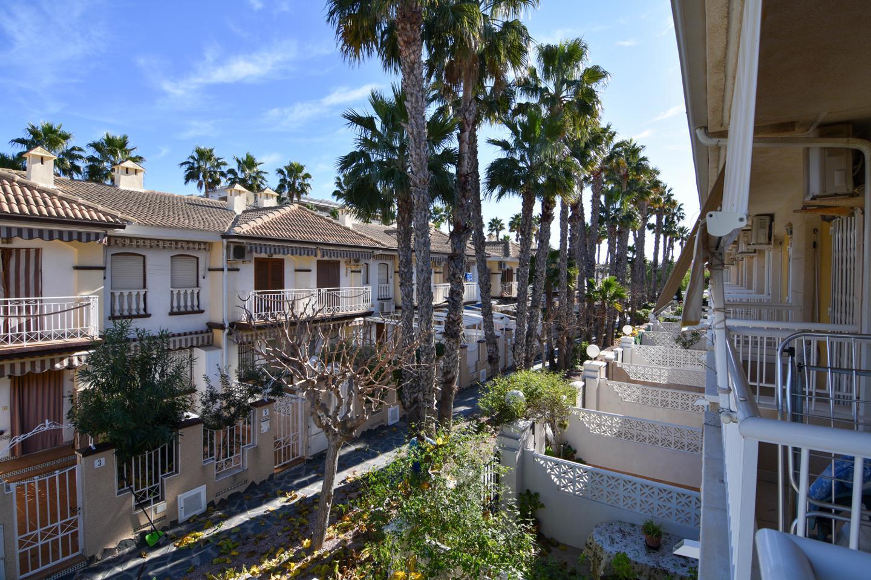 Bungalow en venta en Santa Pola, Gran Playa – #2143