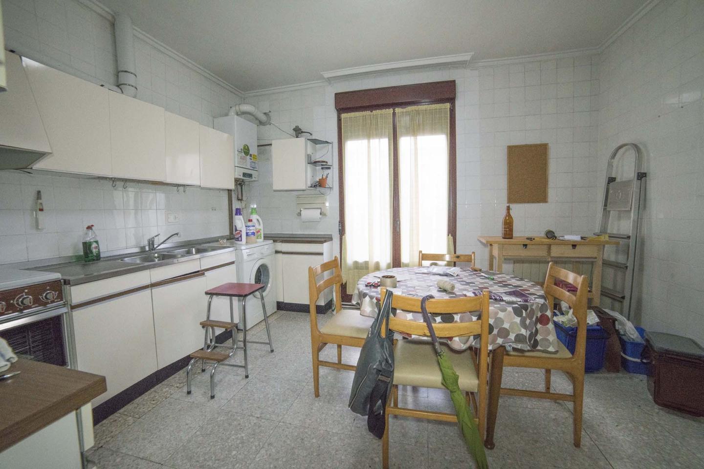 piso en venta en aretxabaleta de 81 m2