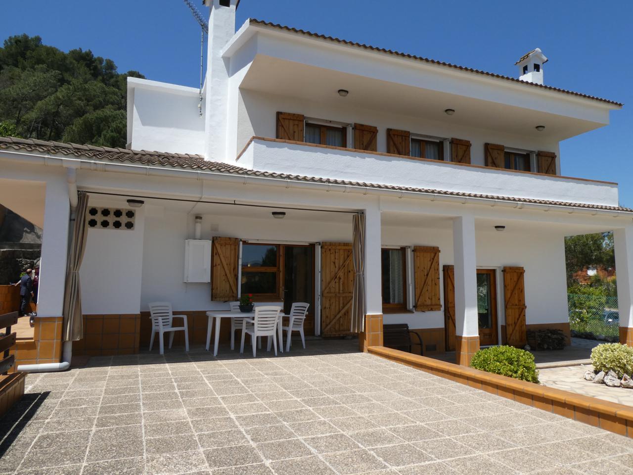 villa en montornes-del-valles · carrer-de-princesa-sofia-08170 350000€