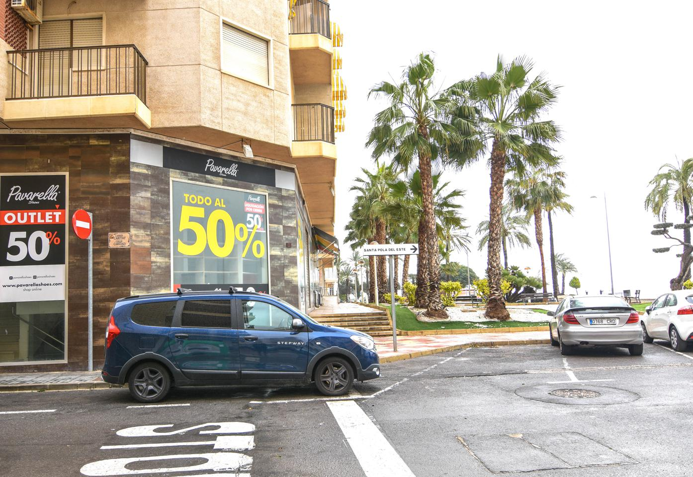 Local en venta en Santa Pola, Centro Playa Levante – #2157