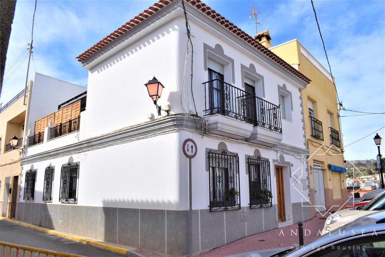Villa Mayor, Los Gallardos