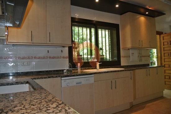 Casa chalet en venta en majadahonda de 400 m2 - Casas en majadahonda ...