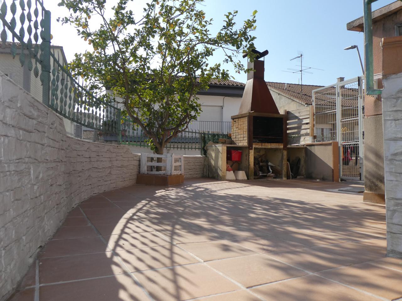 piso en martorelles · carrer-navarra-08107 139000€