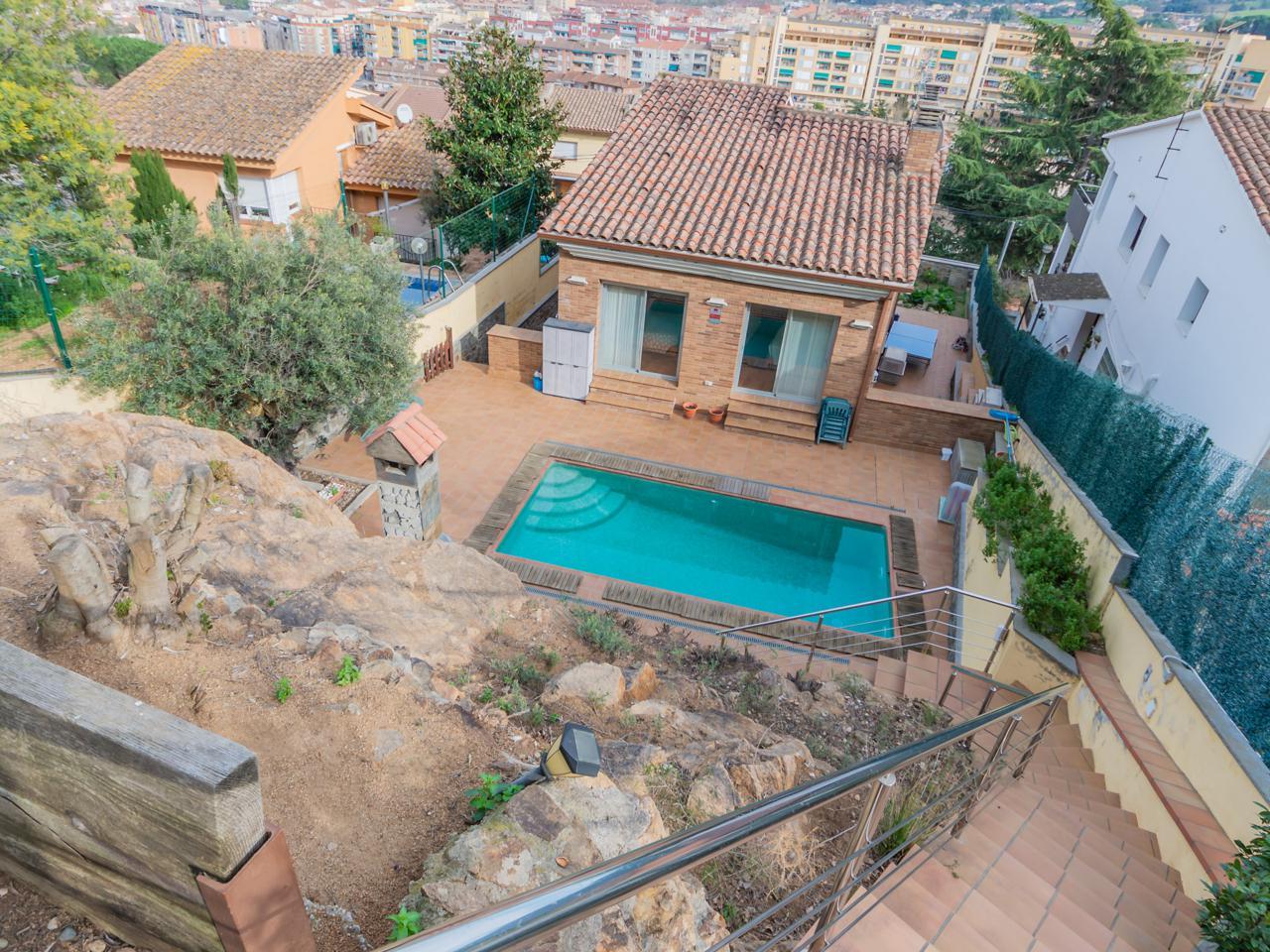 villa en montornes-del-valles · carrer-de-princesa-sofia-08170 580000€