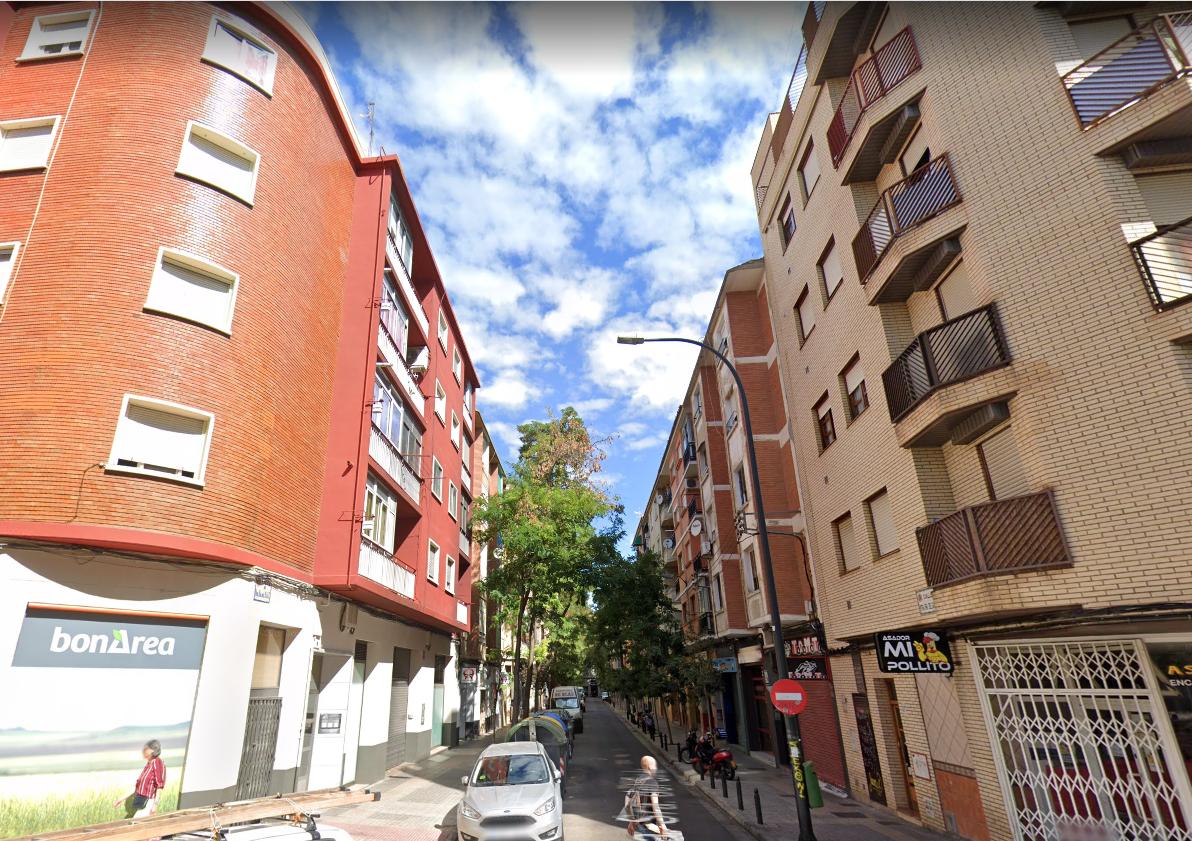 Piso en venta en Zaragoza de 77 m2-1