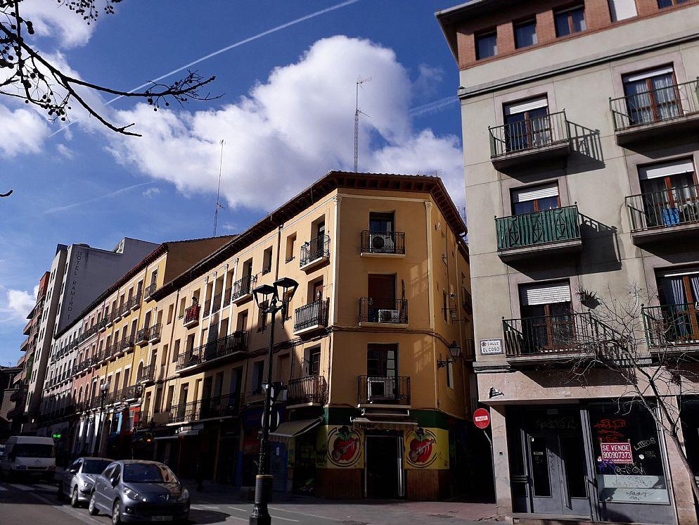 Venta de local comercial en Coso Zaragoza-14