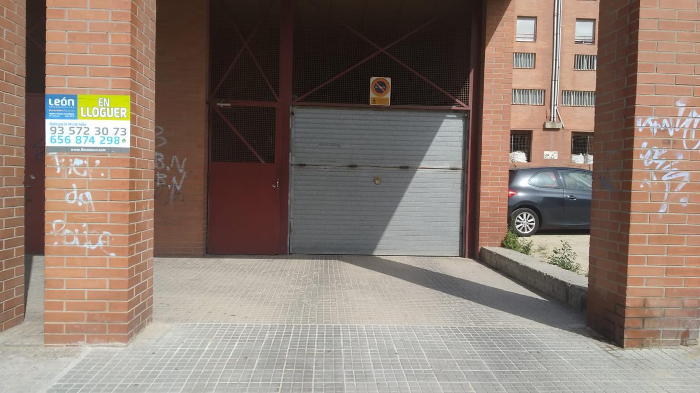 parking en montmelo · carrer-mogent-08160 €