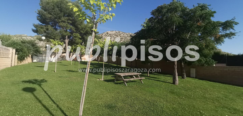 Venta de chalet con piscina y jardín Cuarte Cadrete-8