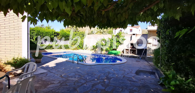 Chalet en venta con piscina en Cadrete-7