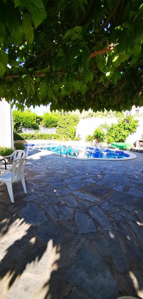 Chalet en venta con piscina en Cadrete-9