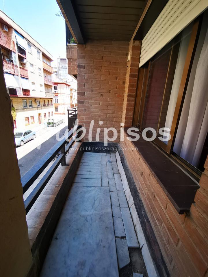 Piso de alquiler calle San Lázaro-25