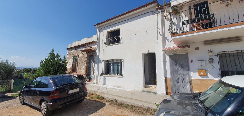 villa en martorelles · carrer-del-bienni-08107 140000€