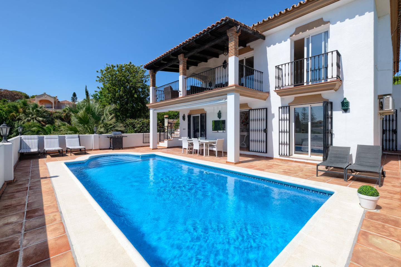 villas en marbella · calle-los-robles-29604 985000€