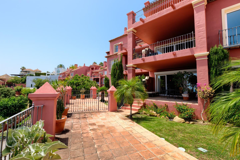 pisos en benahavis ·  385000€