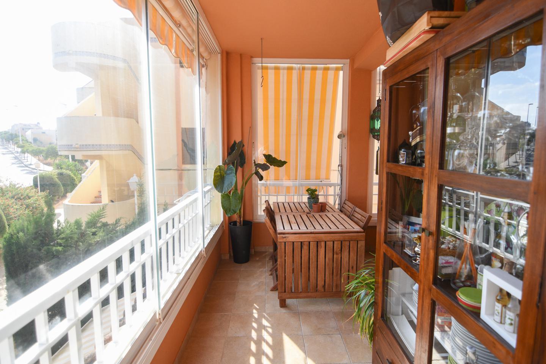 Piso en venta en Santa Pola, Santiago Bernabeu – #2214