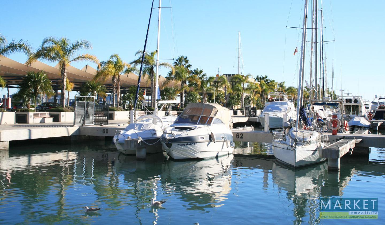 Local en venta en Santa Pola, Centro Playa Levante – #2215