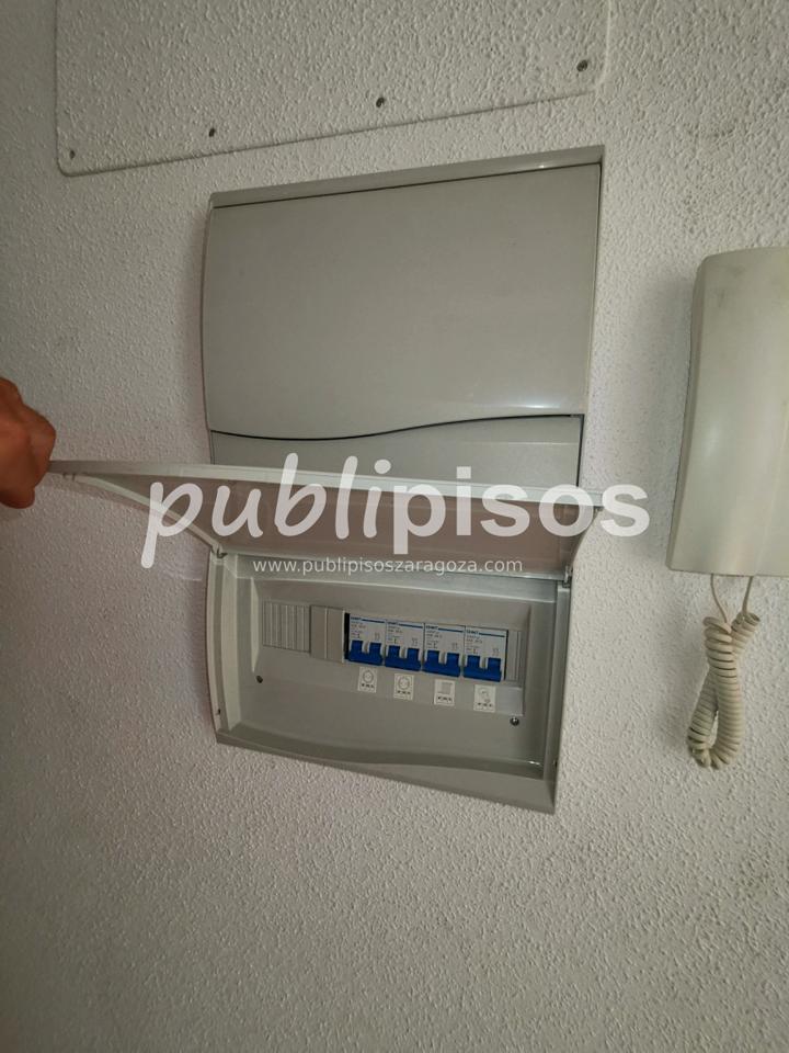 Piso económico con garaje La Puebla de Alfinden-38