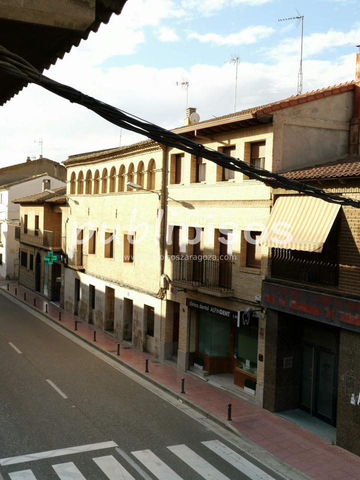 Piso económico con garaje La Puebla de Alfinden-32