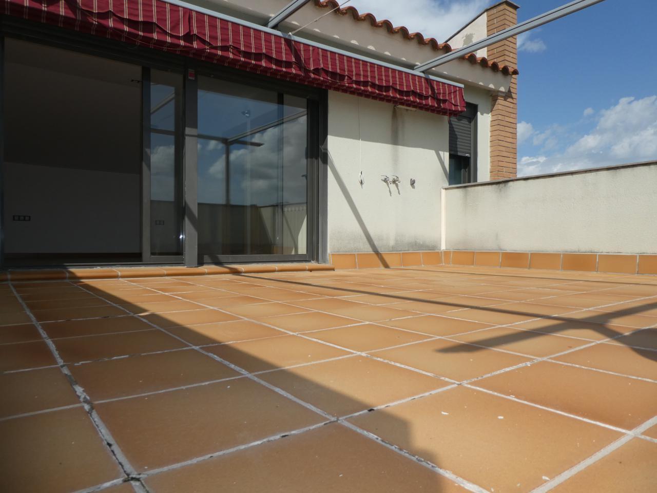 piso en montornes-del-valles · carrer-de-ca-l'espasell-08170 245000€