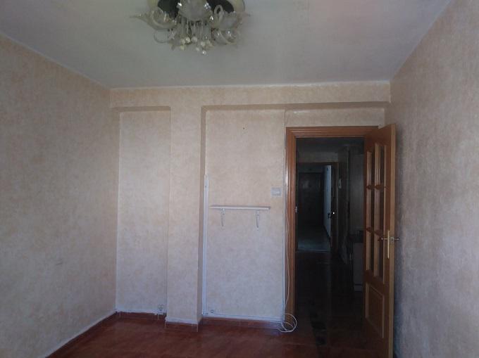 Venta de piso en calle Oviedo Torrero-11