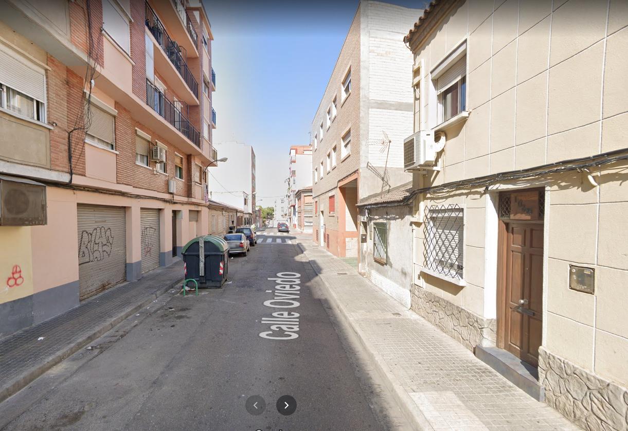 Venta de piso en calle Oviedo Torrero-5