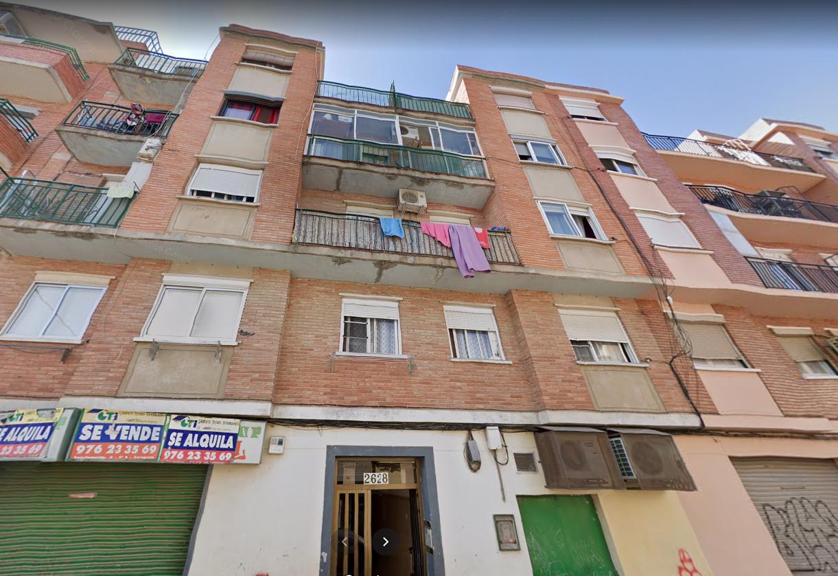 Venta de piso en calle Oviedo Torrero-1