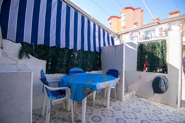 Bungalow en venta en Santa Pola, Gran Playa – #2243