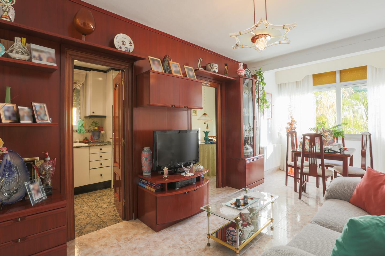 piso en cornella-de-llobregat ·  165890€