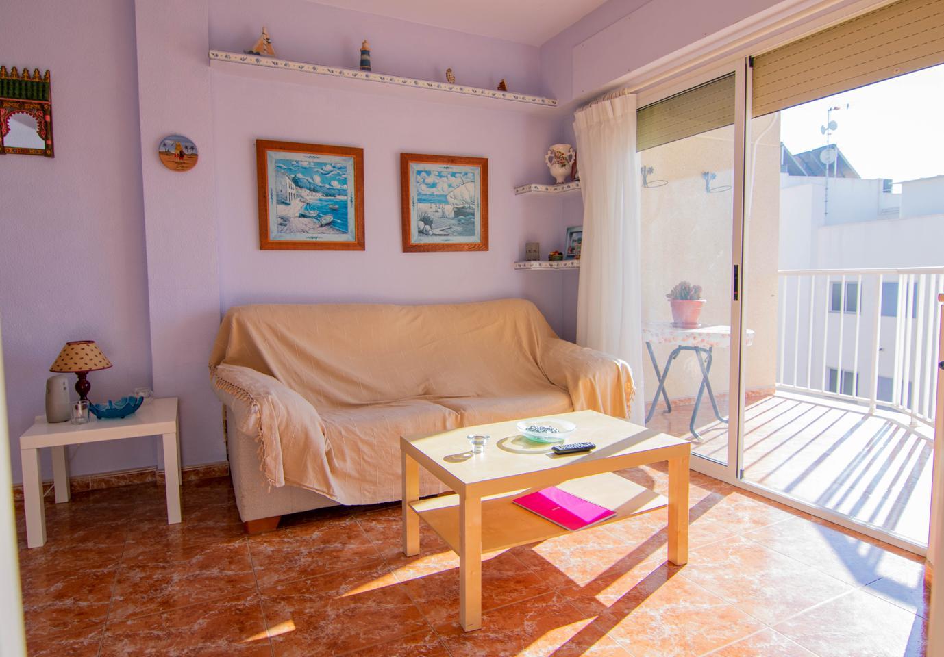 Piso en alquiler en Santa Pola, Santiago Bernabeu – #2257
