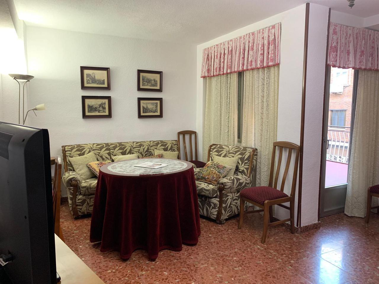 Piso de Alquiler en Madrid   Referencia 8181