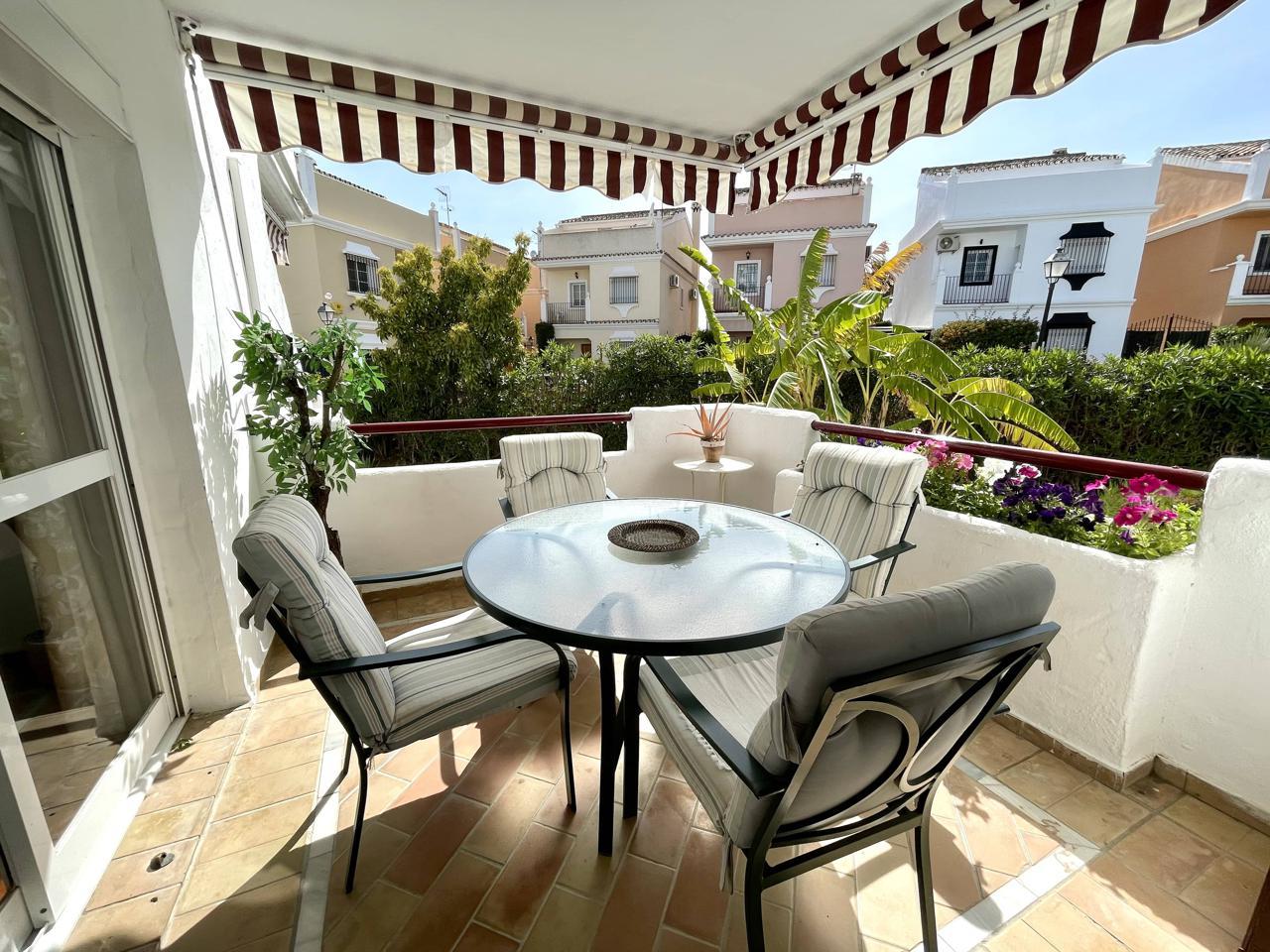 pisos en estepona · calle-hinojo-29688 210000€