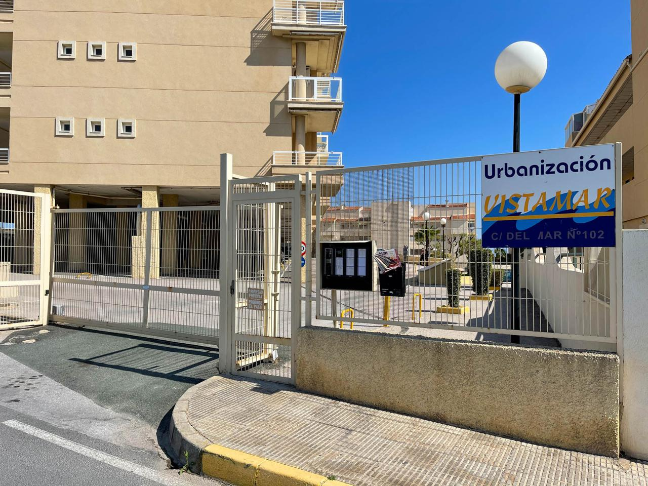 Piso en venta en Santa Pola, Santiago Bernabeu – #2281