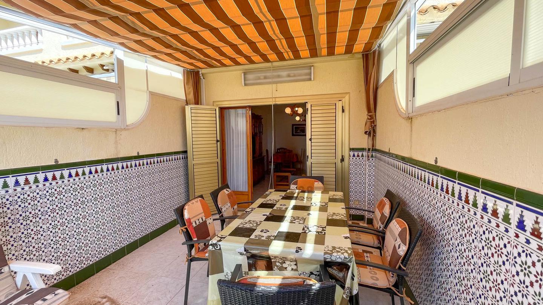 Bungalow en venta en Santa Pola, Santiago Bernabeu – #2282