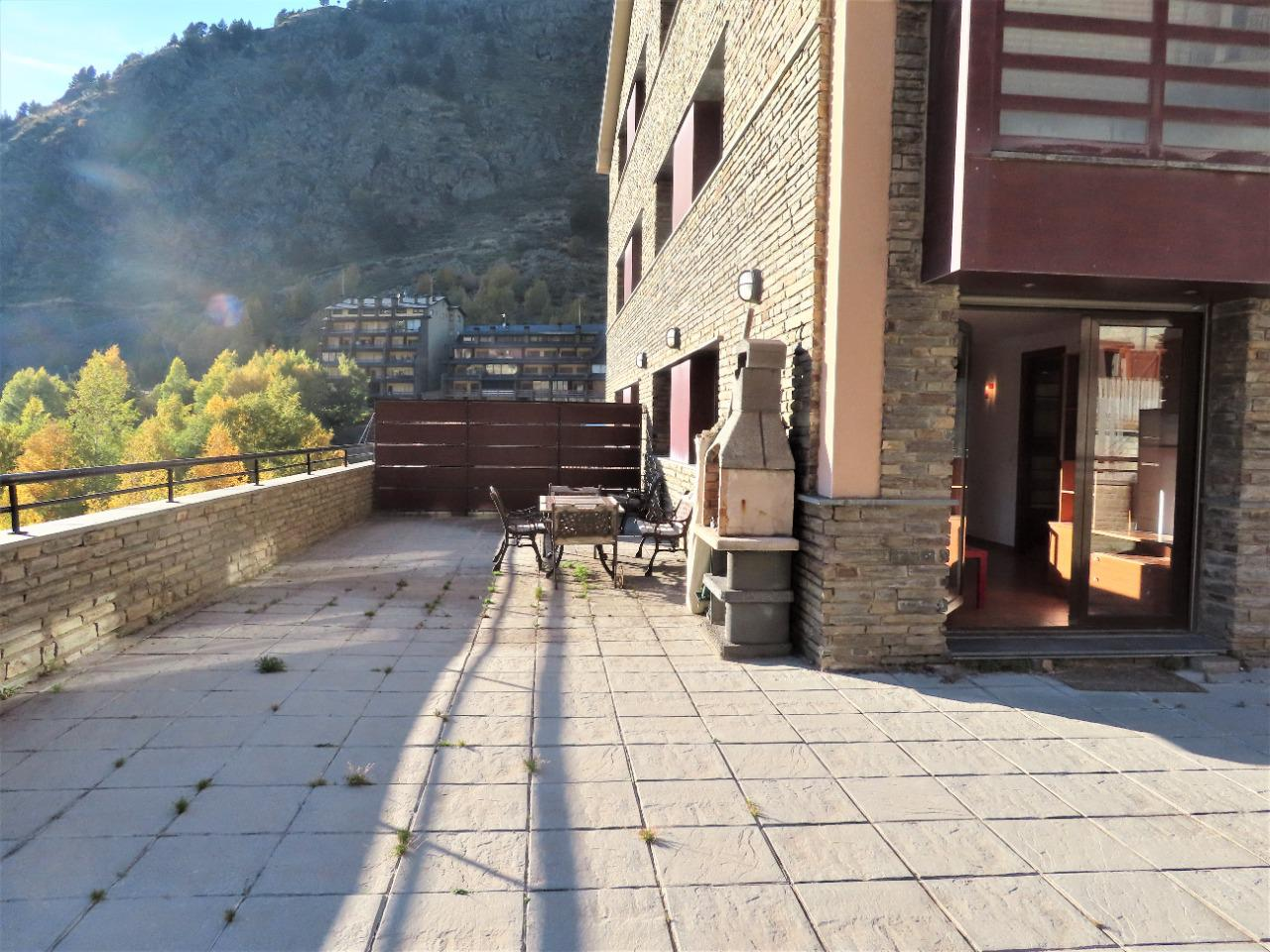 Piso en alquiler en Canillo con gran terraza