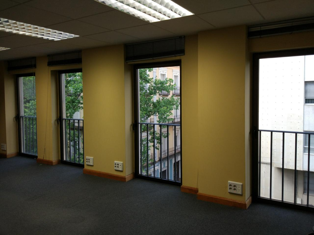 Alquiler de oficinas centro zaragoza plaza aragon publipisos for Oficina alquiler zaragoza