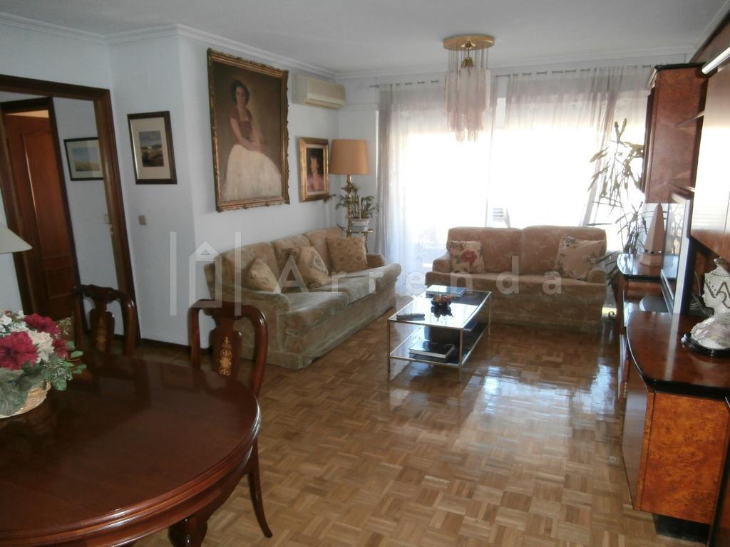 Piso en venta en Alcorcón de 121 m2