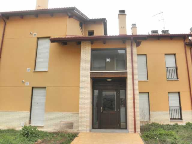 Piso en venta con 85 m2, 2 dormitorios  en Sojuela