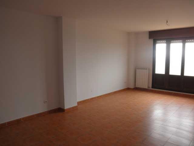 Piso en venta con 79 m2, 2 dormitorios  en Sojuela