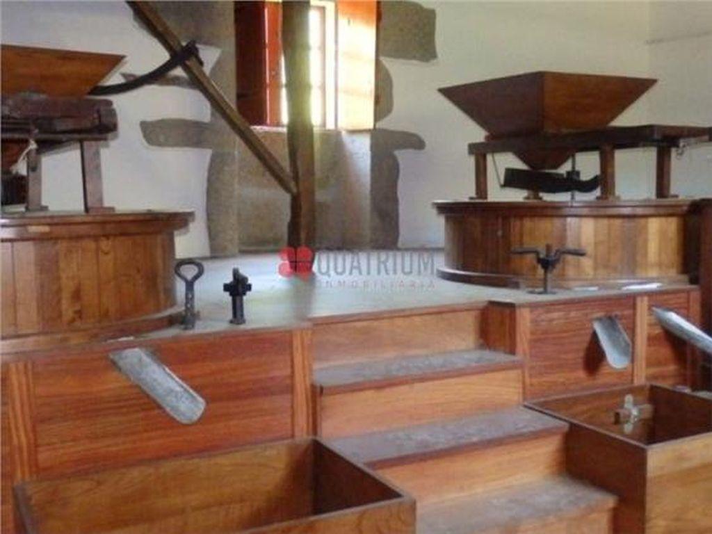 Casa en venta con 2000 m2, 7 dormitorios  en Taboada
